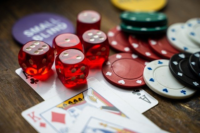Key features that have made online gambling site a topmost preference of people