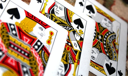 What Are The Prominent Reasons Behind Online Gambling Popularity?
